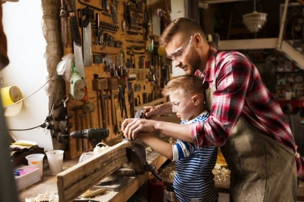 how to make money woodworking at home